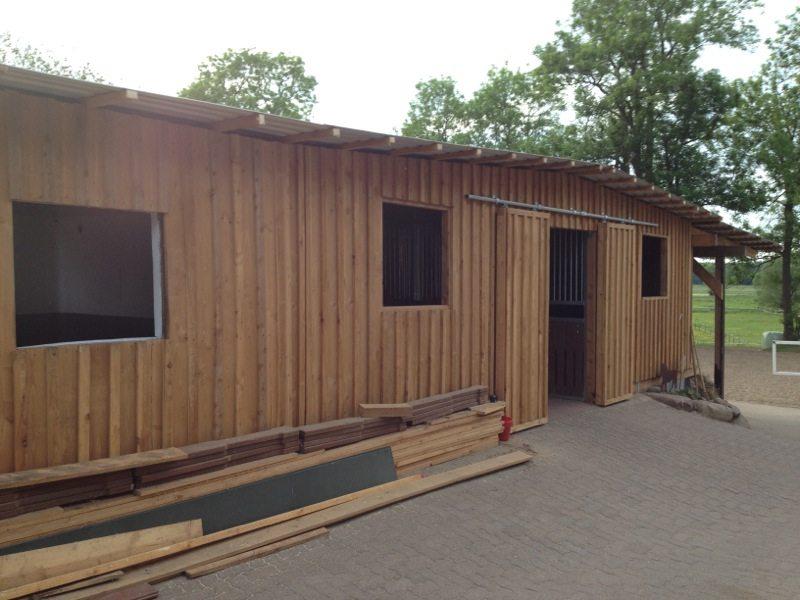 Weidehütte Stall Wetterschutzhütte Aussenboxen
